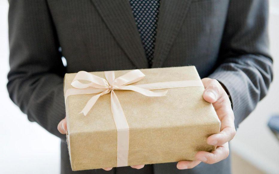 Quelques idées de cadeaux de noël à offrir à ses employés